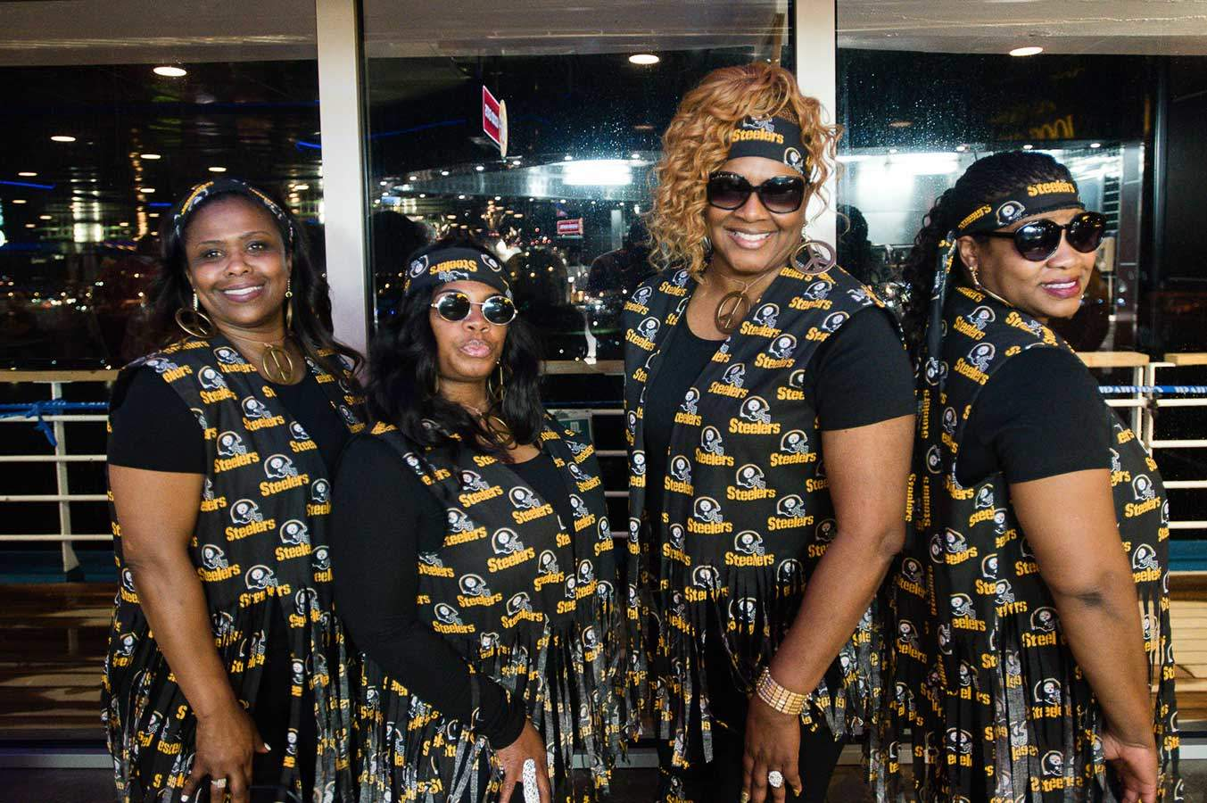 01_2016_legends_of_pittsburgh_cruise_photo